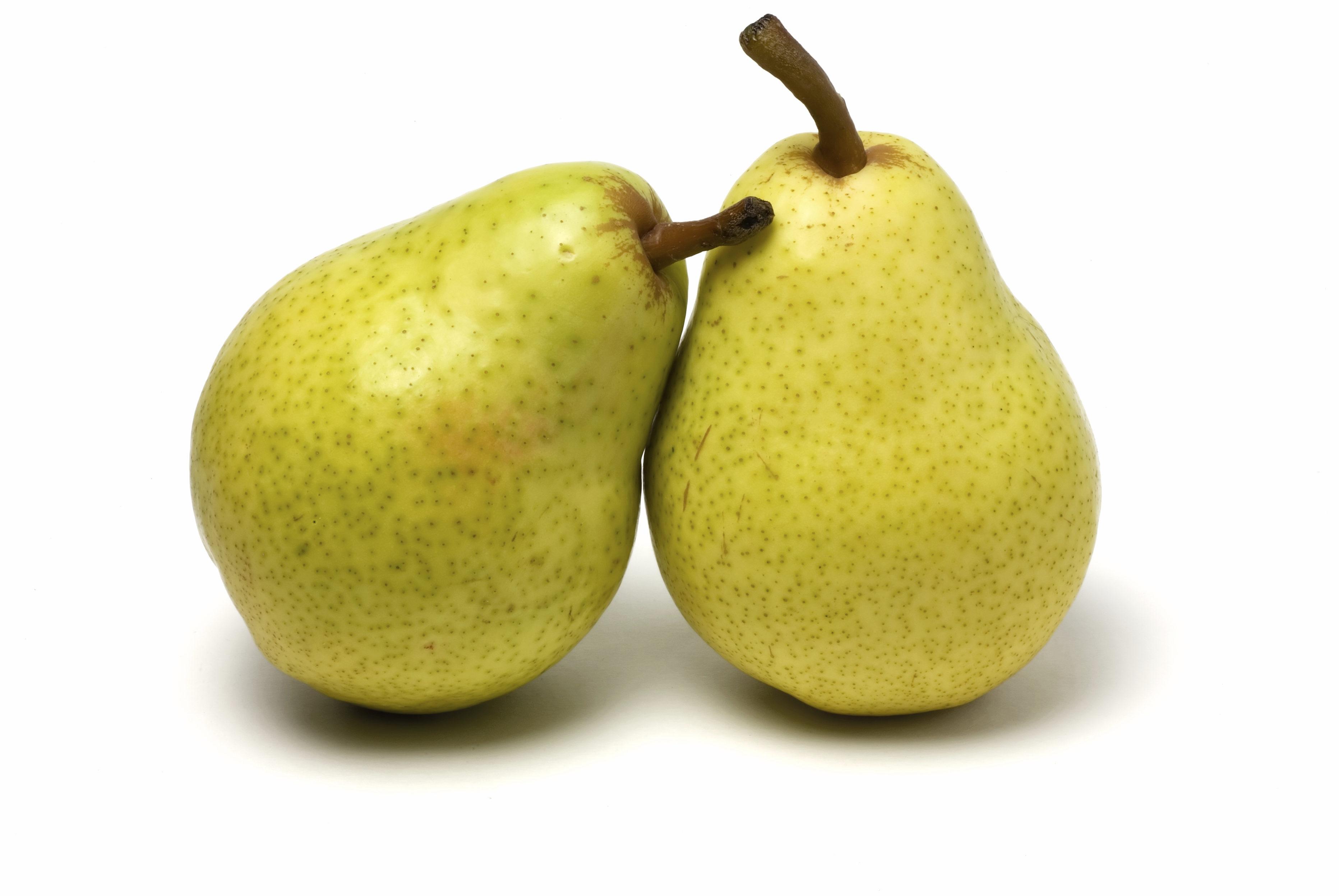 Organic Yellow Bartlett, Starkrimson & Bosc Pears